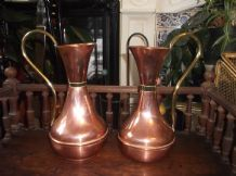 "2 X GENUINE VINTAGE COPPER CURVY SHAPE JUGS BRASS COLLARS & HANDLES 9.5"" HIGH"